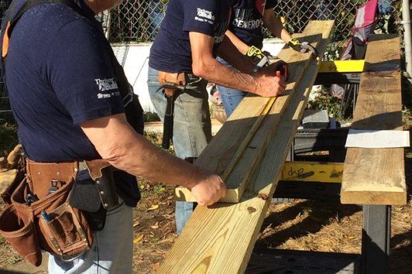 builder volunteers action